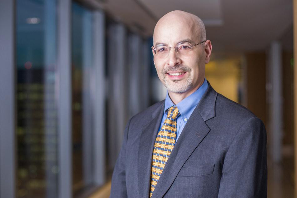 Principal Lawrence Kolodney has chaired Fish & Richardson's pro bono program since 2007.