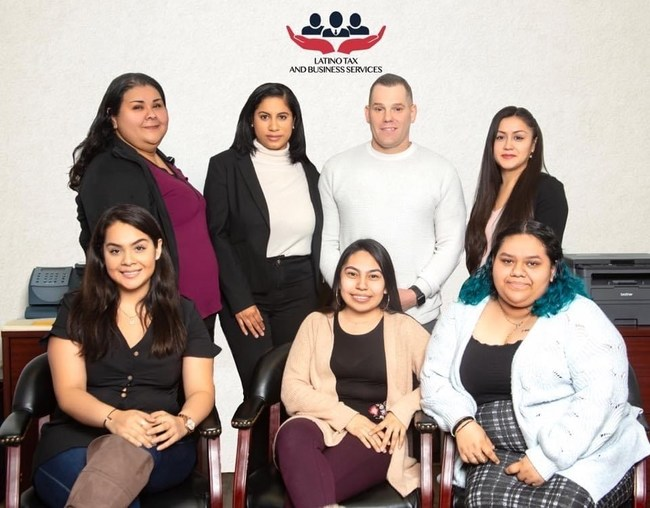 Francisco and his amazing team of Tax Professionals