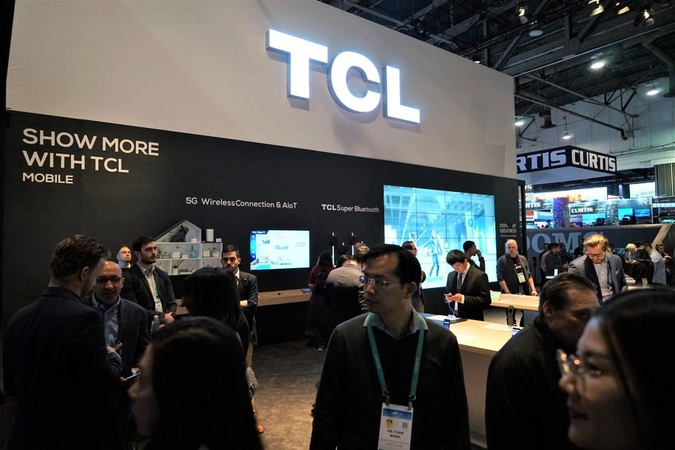 (PRNewsfoto/TCL Communication Technology Ho)