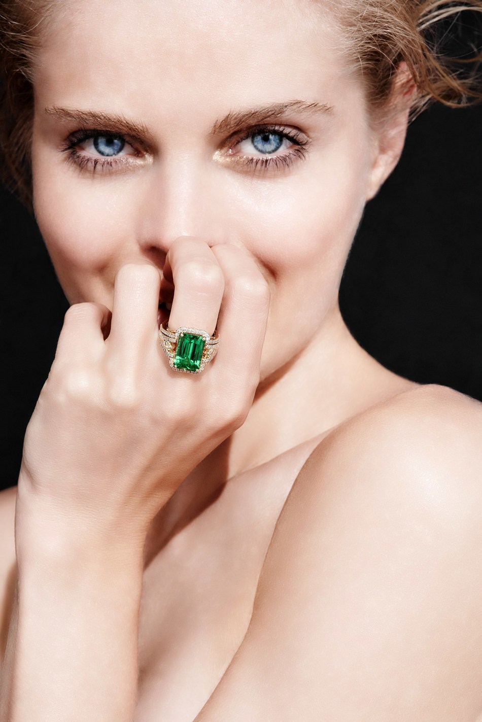 "Internationally acclaimed jewelry designer Kat Florence launches rare collection of Muzo Emeralds to collectors. Increased demand in ""legacy gemstones from world's most renowned Emerald mine."" The Kat Florence Muzo Emerald collection will be released the week of May 25 on her website www.katflorence.com."