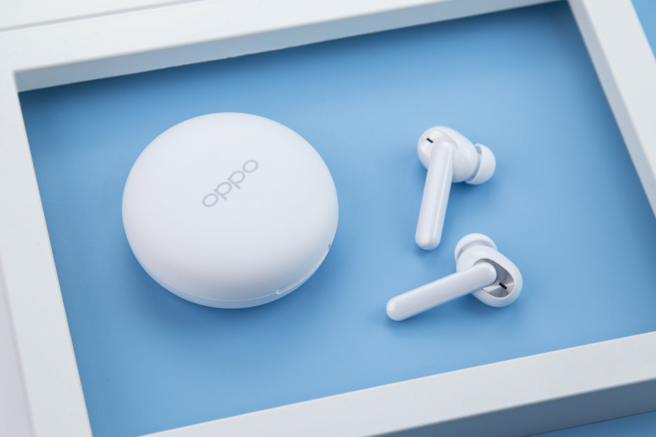 OPPO Enco W31 True Wireless Headphones (PRNewsfoto/OPPO)