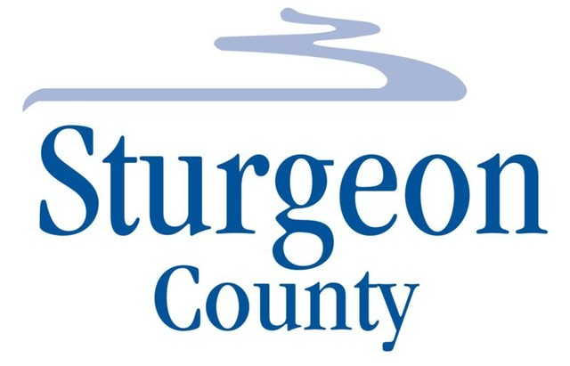 Sturgeon County Logo (CNW Group/The Transition Accelerator)