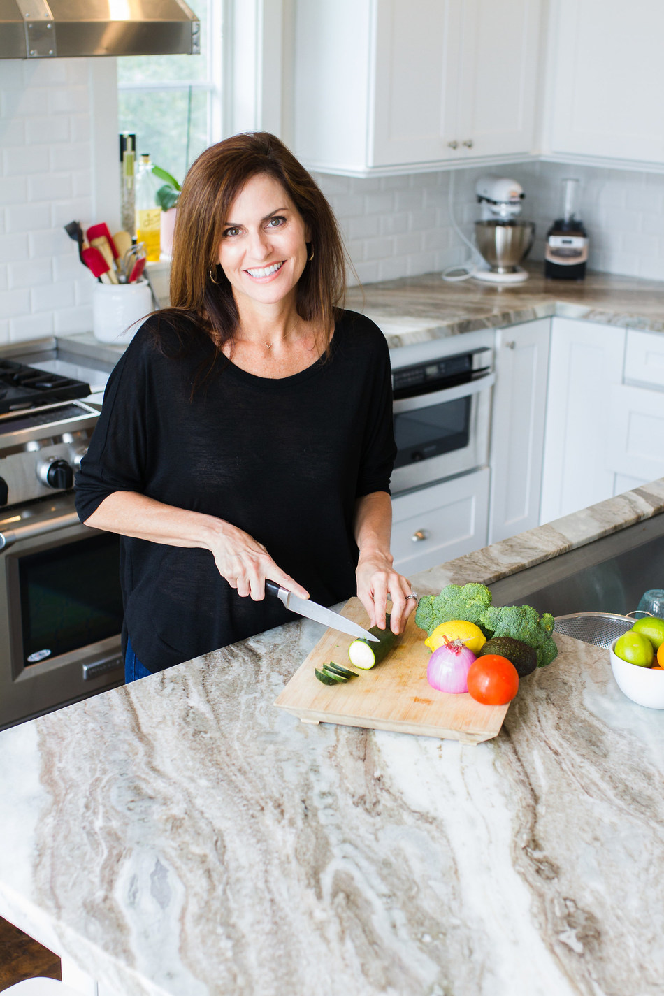 Dr. Mary Claire Haver is the founder and creator of The Galveston Diet, the first and only nutrition program in the world created by a Female OBGYN, designed for women in menopause.