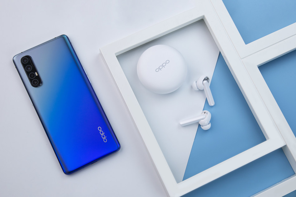 OPPO Reno3 Pro and Enco W31 Wireless Headphones (PRNewsfoto/OPPO)