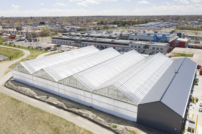 Gotham Greens' new 30,000 square foot greenhouse in the Denver Metro area will deliver a year-round supply of fresh, local produce to retailers, restaurants and foodservice customers across seven states in the Mountain Region. Gotham Greens' eighth greenhouse brings the company's total annual production to nearly 35 million heads of lettuce and distribution to more than 30 states nationwide.