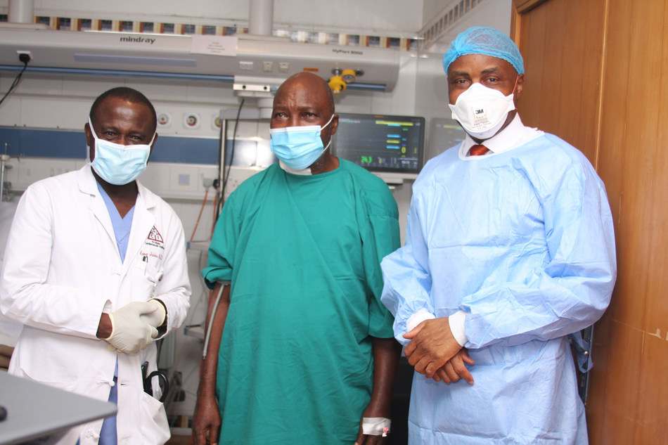 L-R: Prof. Kamar Adeleke, Consultant Interventional Cardiologist; Oluwatoyin Adebiyi, patient; and Dr. Tunde Lalude, Group Medical Director, Reddington Hospital at the press conference to announce the first complex open-heart surgery in Nigeria by Reddington Hospital in Lagos.