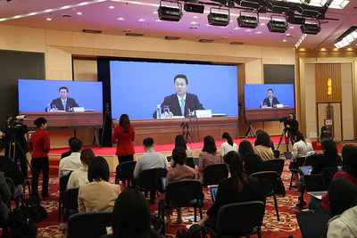 Guo Weimin, spokesperson for the 2020 session of the CPPCC National Committee, meets the press and takes questions via a video conference on May 20, 2020. [Photo by Zou Hong/chinadaily.com.cn]