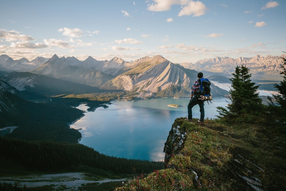As Albertans get back to exploring the province's breathtaking landscapes, safely and responsibly, during Tourism Week, May 24-31, 2020, Travel Alberta is celebrating our partners—the incredible people who work every day to showcase the beauty and wonder of Alberta. Location: Kananaskis Country. (CNW Group/Travel Alberta)