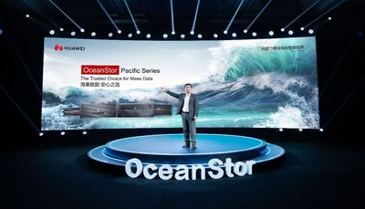 Shang Haifeng, President of Huawei Mass Storage Domain, giving details about the OceanStor Pacific Series
