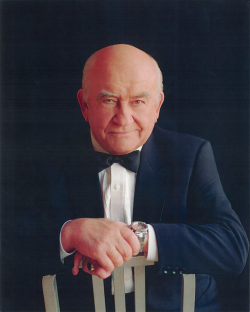 Multi-Emmy Award winning veteran actor, Ed Asner, hosts 'ASK ED!' on Saturday, June 13, 2020 during the HEAR Now ONLINE Festival, where festival online attendees get the rare opportunity to ask about audio theatre performance techniques...from a guy who works in television! To submit your questions, visit hearnowfestival.org