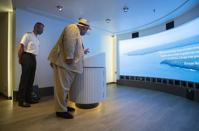 Manfredi Lefebvre d'Ovidio Uses Silver Origin's Interactive LED Wall - the Largest of Its Kind in the Galapagos