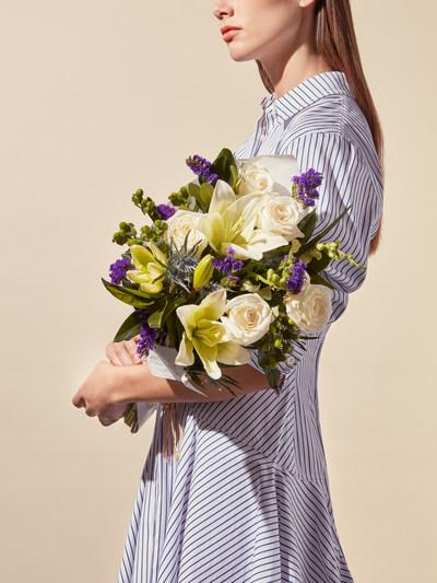 Poplin Crème™ Bouquet by Jason Wu for Wild Beauty