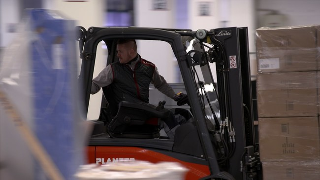 Planzer Transport AG deployed the technology at all materials handling platforms
