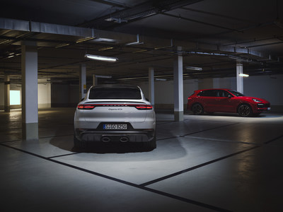 Porsche announced two new model variants to the Cayenne lineup today: the 2021 Cayenne GTS and Cayenne GTS Coupe.