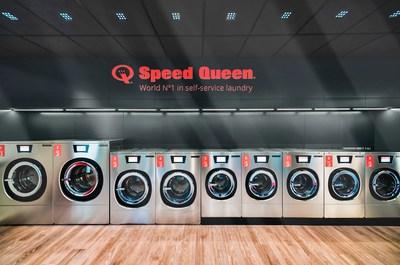 Speed Queen abre la lavandería número 700 de su marca en Orbassano, Italia
