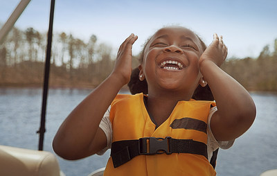 Get On Board es una iniciativa de servicio público de Take Me Fishing y Discover Boating para concientizar sobre los beneficios que la pesca y la navegación tienen sobre la salud y el bienestar mientras se cumple con el distanciamiento social. La campaña invita a todas las personas a prepararse, salir y dejar el estrés atrás. Obtenga más información en www.TakeMeFishing.org/GetOnBoard o www.DiscoverBoating.com y súmese al movimiento en las redes sociales con el hashtag #TheWaterIsOpen.