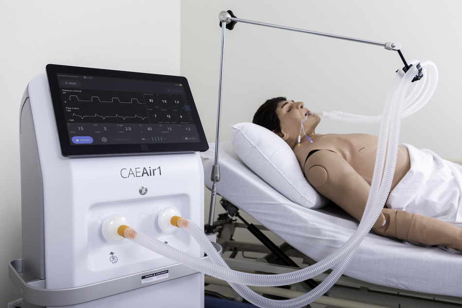 The CAE Air1 ventilator connected to a CAE patient simulator (CNW Group/CAE INC.)