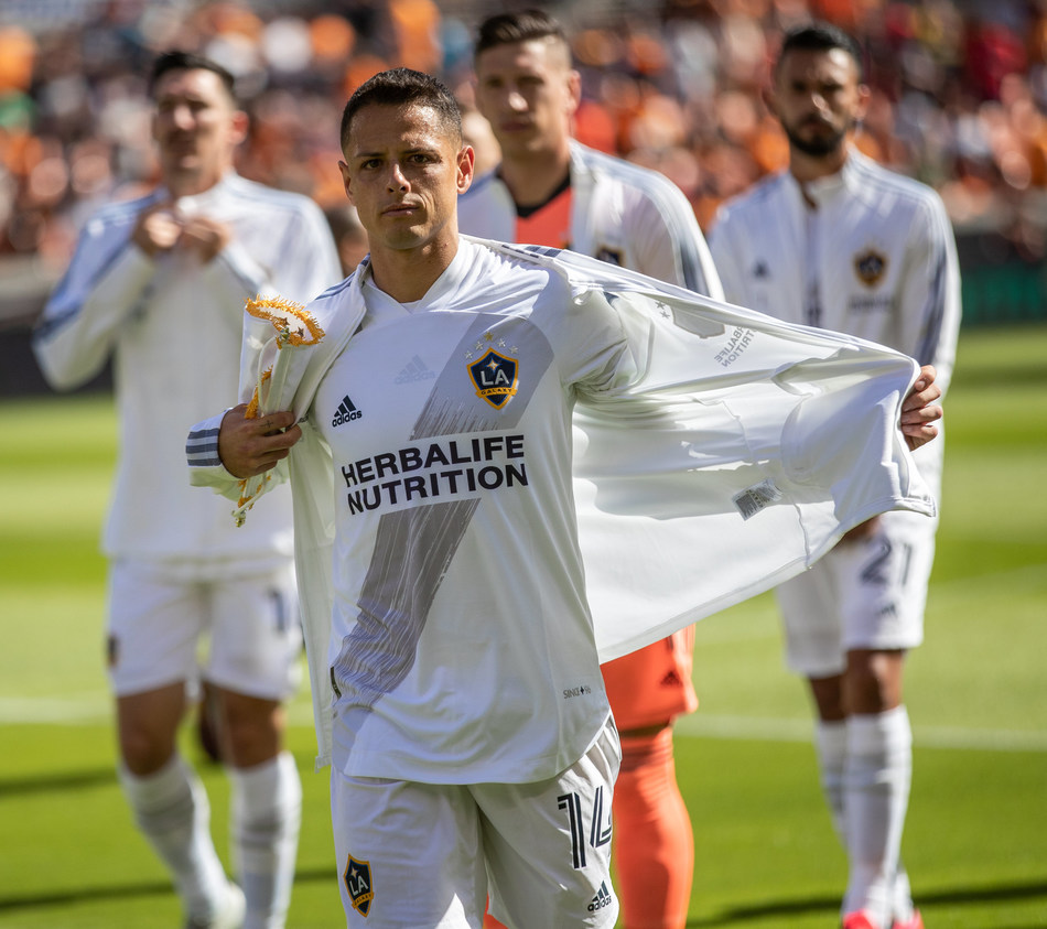 """LA Galaxy striker and Mexican National Team member, Javier """"Chicharito"""" Hernandez signs an exclusive multi-year sponsorship deal, the Company will serve as his official sports nutrition partner through the 2023 MLS season."""