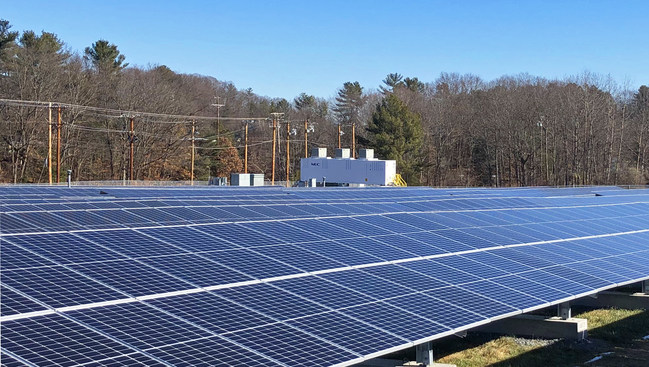 CS Energy, LLC announced its successful completion of a 4.5 MWdc solar project installed with a 3.8 MWh lithium-ion storage solution on a landfill cap site located in Amesbury, Massachusetts.