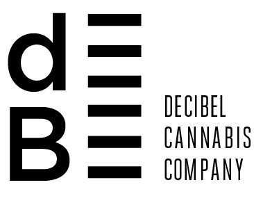 Logo: Decibel Cannabis Company Inc. (CNW Group/Decibel Cannabis Company Inc.)
