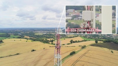 The zoom image is coupled (blended) with images from ANAFI USA's FLIR camera. This enables operators to detect hot spots with the thermal camera, while the visual camera allows them to view people and other important details from up to 2 km (1.2 mi) away.