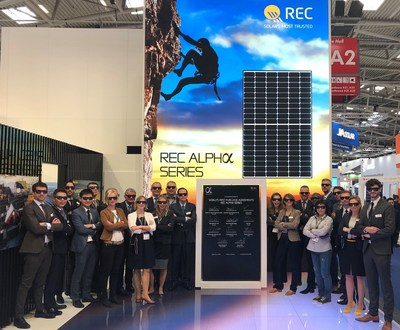 REC Alpha Launch at Intersolar Europe 2019 The cool REC Team 2 midrez (PRNewsfoto/REC Group)