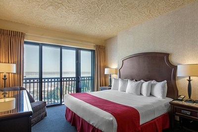 Shoreline Inn & Conference Center – Muskegon, Michigan