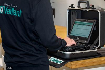 Vaillant equipa a sus técnicos de atención al cliente con la Convertible Totalmente Robusta V110 de Getac (PRNewsfoto/Getac)