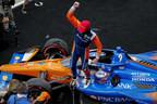 Dixon, Rahal llevan a Honda a un final de 1-2 en el GMR Grand Prix en Indianápolis