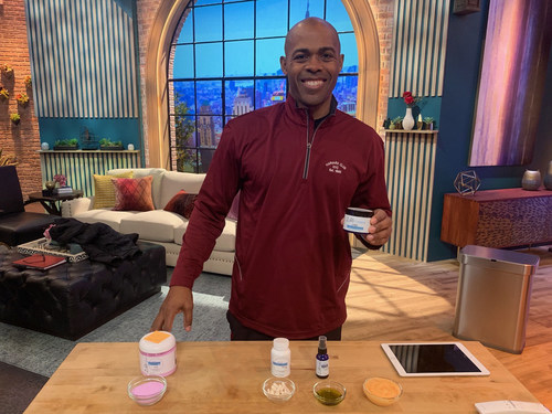 Dr. Ian Smith on the set of daytime American talk show, The Rachael Ray Show, featuring ZuRI products.