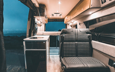 Storyteller Overland 2021 MODE interior