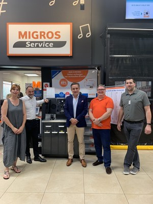 Pictured from left to right: Christel Tardy (Non-Food Director, Migros France), Vincent Delicata (Store Director, Migros Thoiry), Ludovic Antony (European Key Account Manager, RIS), Eric Albert (Category Manager, Migros France) and Florent Chassaing (Store Non-Food Manager, Migros Thoiry).