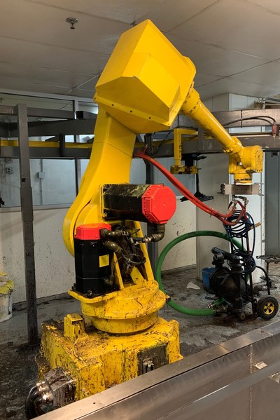 Fanuc robots are among the assets offered in July 21 online auction of assets surplus to the ongoing operations of Spectrum Industries.