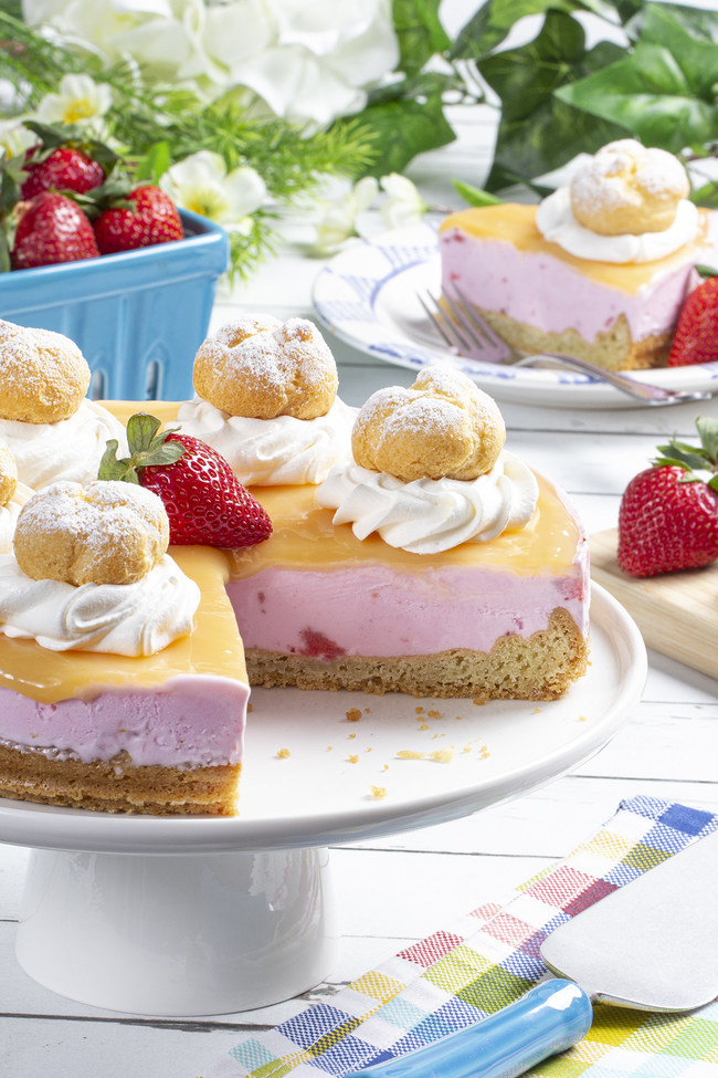 NFRA is celebrating America's love for cool treats with their annual Summer Favorites Ice Cream & Novelties promotion. You will find special deals on ice cream and novelties in your local supermarkets throughout July. Enjoy this Strawberry Lemon Ice Cream Tart - a light 'n' bright frozen treat that will keep you cool and smiling. Find this recipe and many more at EasyHomeMeals.com. And enter for a chance to win Ice Cream and Novelties for a Year!