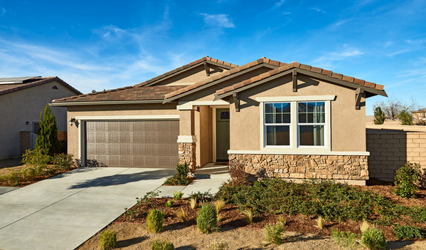 Richmond American's Agate model home is opening for tours at Seasons at Luna Ranch in Victorville, California.