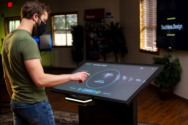 The Integrated Touchless System is designed to create touchless versions of new or existing digital exhibits in museums and other public institutions. The system uses a combination of software and hardware that allows visitors to easily understand how to interact with touchless technology even if they are completely unfamiliar with this type of interaction.