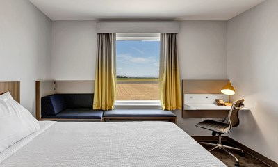 Microtel by Wyndham's Moda prototype was developed in collaboration with seasoned Microtel owners and award-winning architect firm, Hoefer Wysocki.
