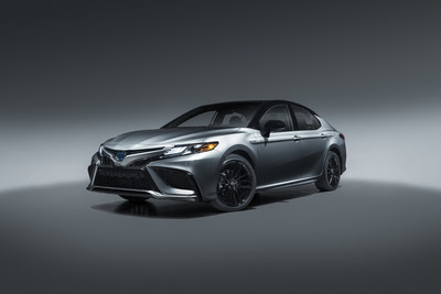 The first-ever XSE Hybrid grade combines the Camry's most fuel-efficient powertrain with its highest expression of the sport and luxury blend.