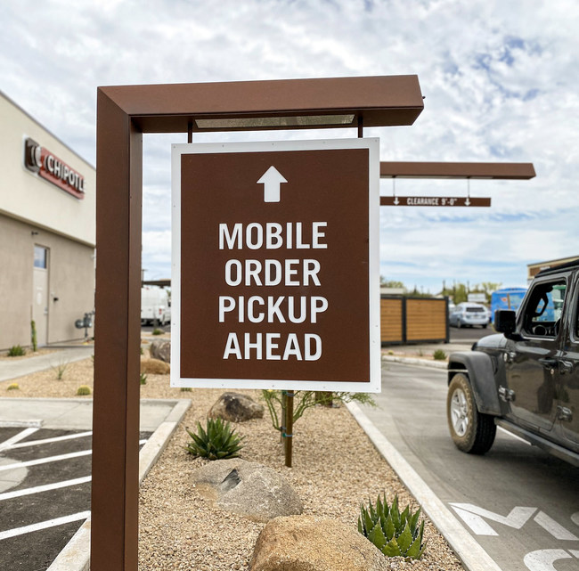 Chipotle Mexican Grill announced the opening of its 100th Chipotlane, the brand's drive-thru digital order pick-up lane.To support the brand's growth, Chipotle plans to hire as many as 10,000 employees over the next few months, including hourly and salaried management positions as well as crew.