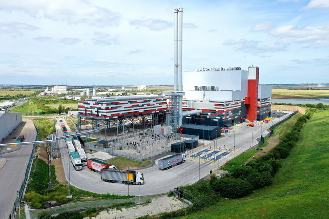 Wheelabrator Kemsley, a new waste-to-energy facility at Kemsley in Kent, enters full commercial operation.