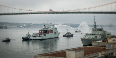 HMCS Harry DeWolf, Canada's first-in-class Arctic and Offshore Patrol Vessel departing Halifax Shipyard for CFB Halifax Dockyard to become the newest member of the Royal Canadian Navy's fleet. July 31, 2020. Photo Credit: Irving Shipbuilding Inc. (CNW Group/Irving Shipbuilding Inc.)