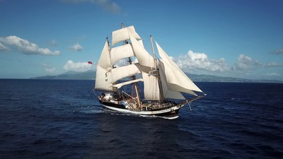 Darwin200 has chartered the stunning tall ship Pelican of London for its UK voyage. Managed by charity Adventure Under Sail, it offers a unique environment for educating young people; encouraging equality, inclusiveness and passion through adventure and challenge