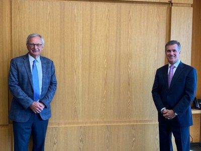 Premier Blaine Higgs (L) and CP President and CEO Keith Creel (R) met in New Brunswick today to discuss growth opportunities and CP's return to Atlantic Canada (CNW Group/Canadian Pacific)