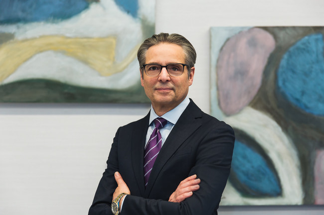 Dino E. Robusto, Chairman & Chief Executive Officer, CNA