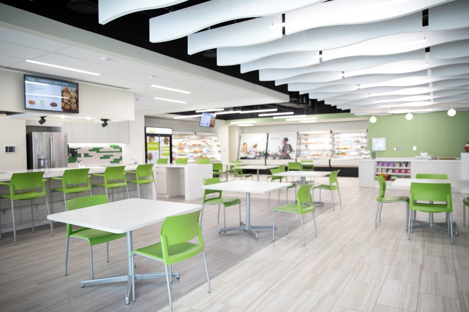 The Jesse Hill Market offers healthy eating options for Grady patients, staff, and guests.