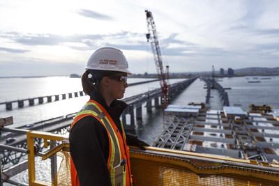 EBC, un des fleurons du secteur de la construction au Québec, peut compter sur deux nouveaux partenaires financiers : le Fonds de solidarité FTQ et Investissement Québec. (Groupe CNW/EBC)