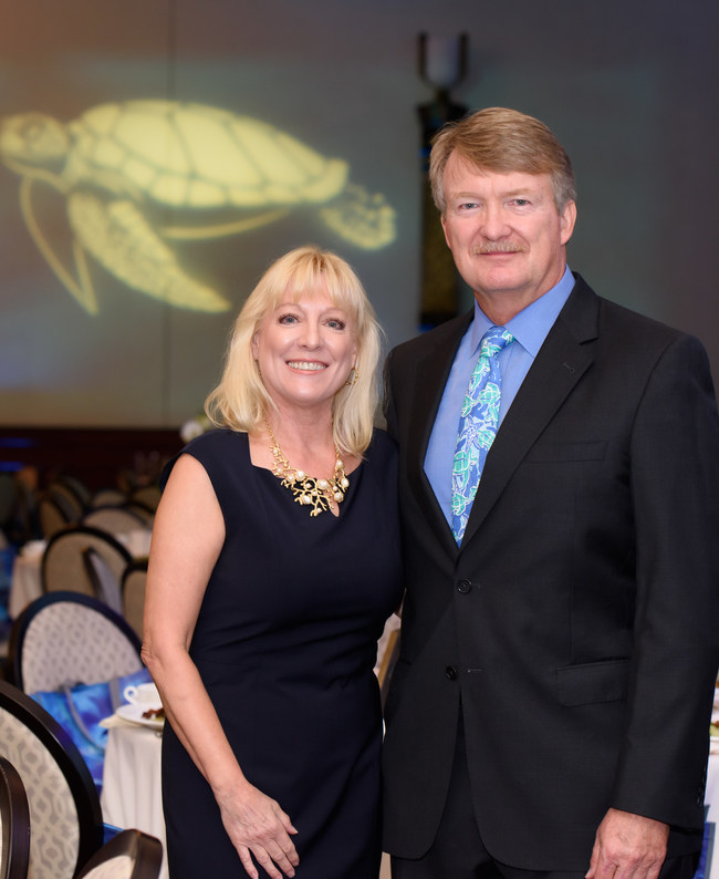 (L to R) Lynne and Pete Wells - founders of the Go Blue Awards hosted by Loggerhead Marinelife Center.
