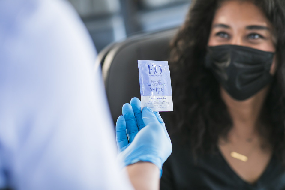 """Alaska Airlines and sustainable, essential oils brand EO introduce """"air-omatherapy"""" at 30,000 feet"""