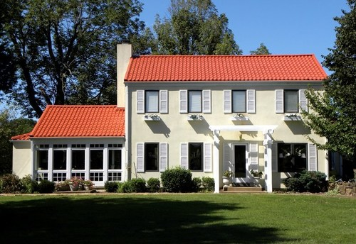 The popularity of metal roofing continues to grow among U.S. builders and homeowners. Photo courtesy of MRA member ATAS International
