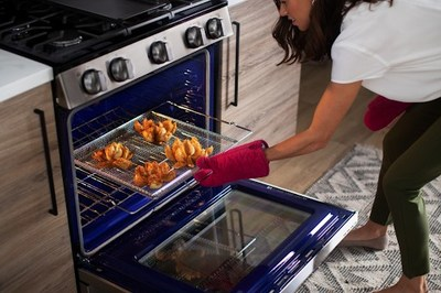 Perfect for families spending more time cooking together at home, LG ranges now offer popular Air Fry technology for quick, satisfying, crispy flavor without the guilt or wasted counter space.